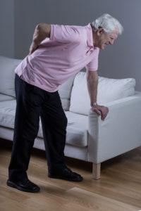 Er kink i ryggen farlig?